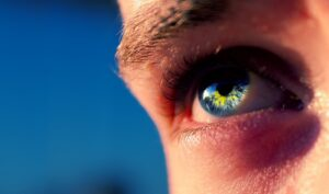 Occhi gialli: è preoccupante avere la sclera giallo ittero?