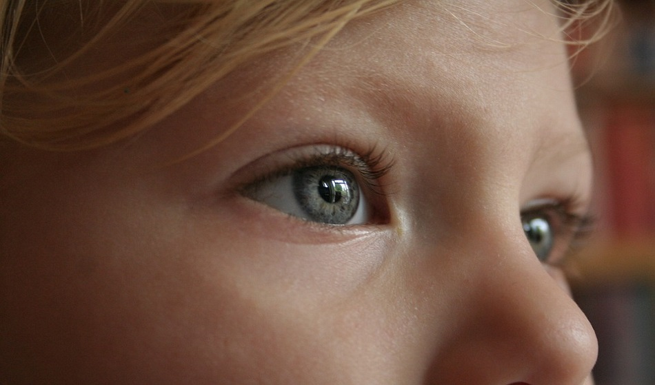 occhi gonfi bambini