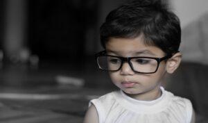 Astigmatismo nei bambini: come rilevarlo e risolverlo?